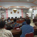 Tak Bayar THR Karyawan, Dua Perusahaan ini di Konfrontir Komisi II DPRD Ketapang